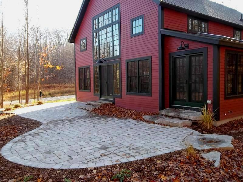 Post & Beam Barn Home by Yankee Barn Homes