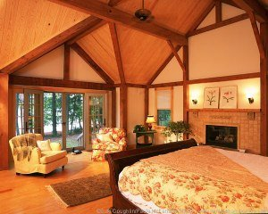 The bedroom also has a gorgeous lake view.