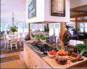 Yankee Barn Homes Hybrid