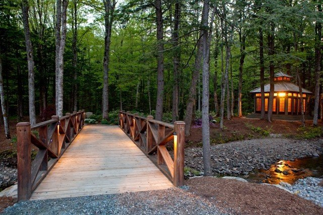 Japanese Tea House by Yankee Barn Homes wins 2010 Design Excellence Award for Best Outdoor Living