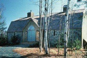 Gambrel barn home