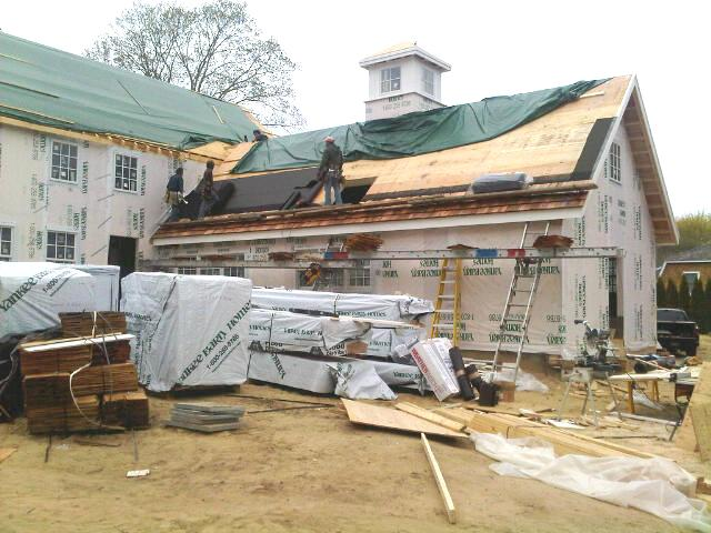 Barn Home by Yankee Barn Homes in East Hampton Goes Up