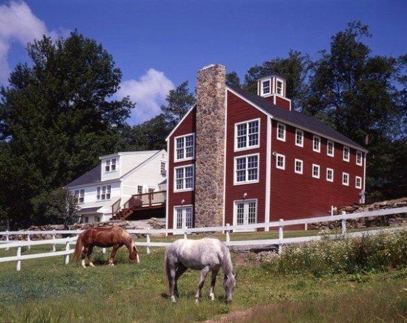 Yanke Barn Homes