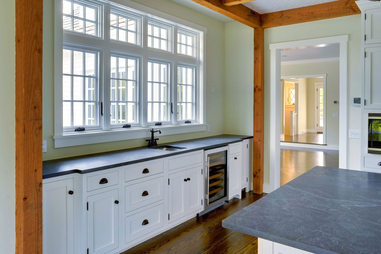 Sands Point East Hampton Post and Beam Cottage - PHOTOGRAPHY BY CHRIS FOSTER
