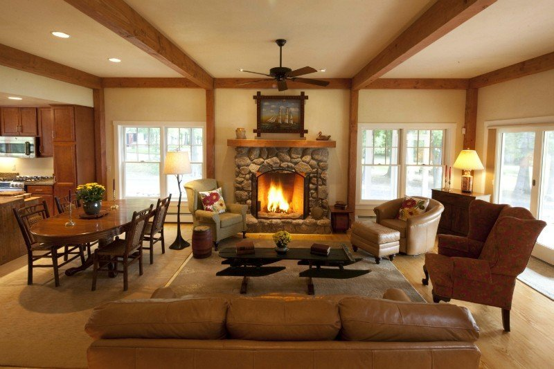 cozy cottage post and beam living room
