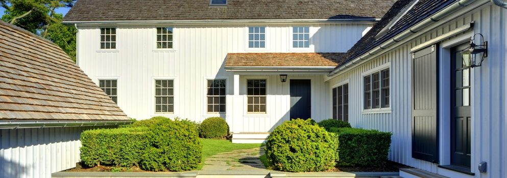 Courtyard Entry At Laurel Hollow