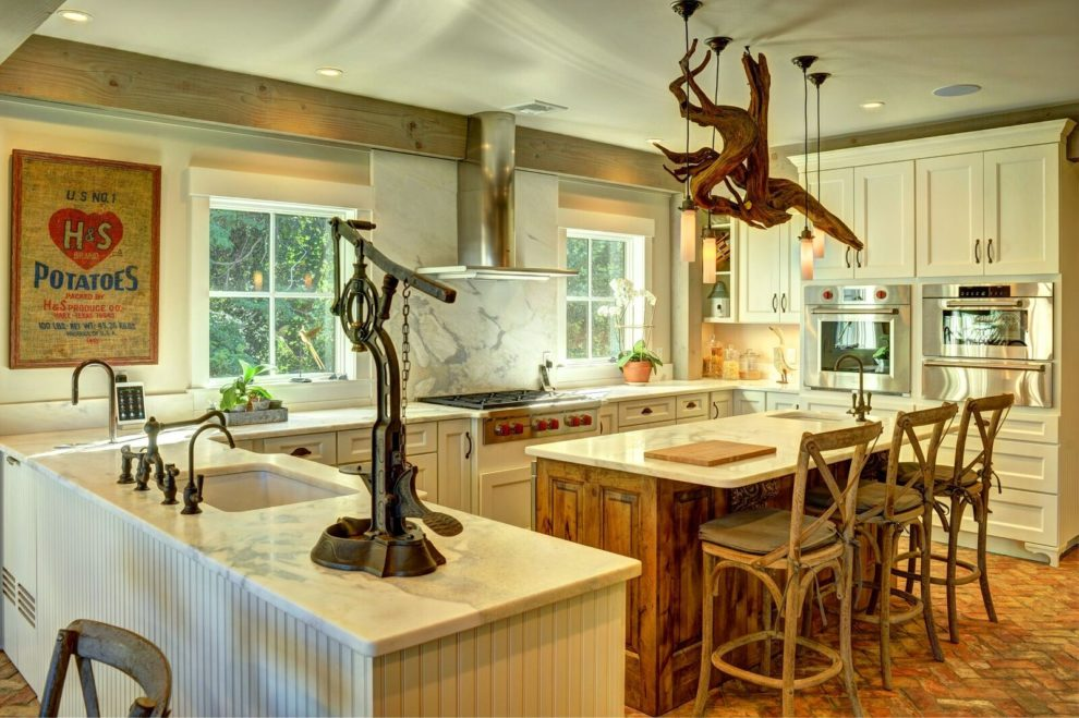 Southold Barn Home Kitchen