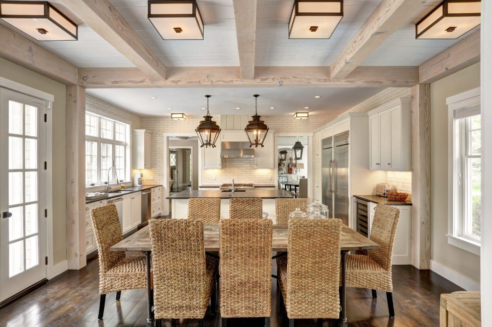 Post and beam beamed ceiling