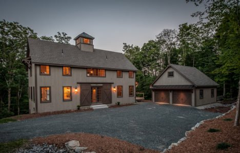 Traditional barn house plans