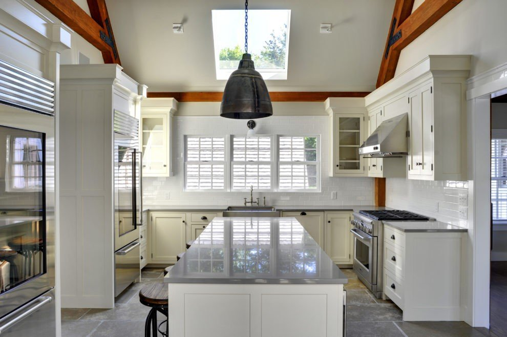 Laurel Hollow Over Size Kitchen