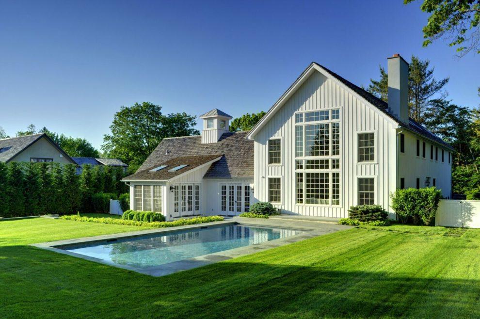 Laurel Hollow Contemporary Barn Home